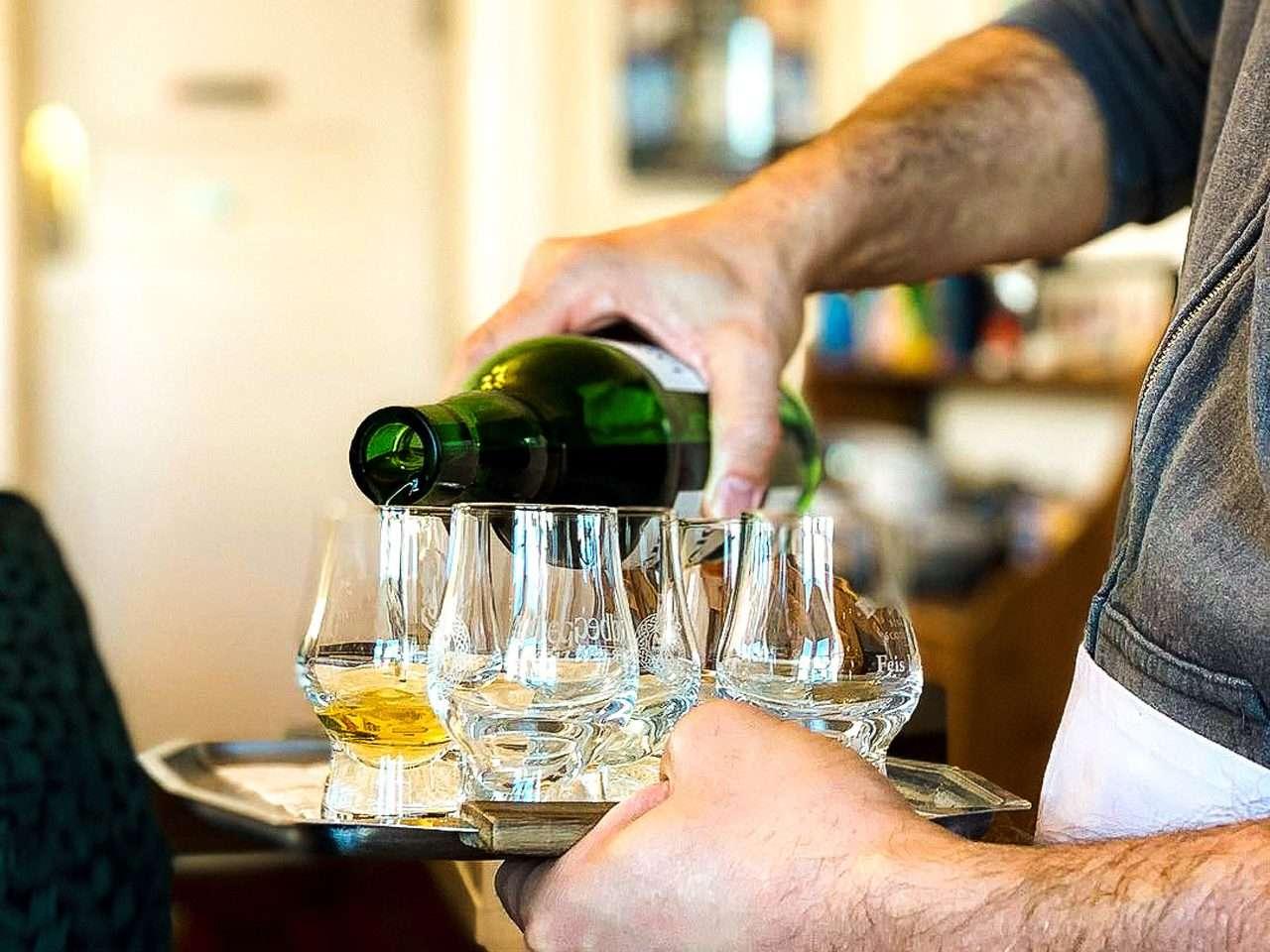 Whisky tasting at Oban Distillery from Woodlands Glencoe, Scottish Highlands